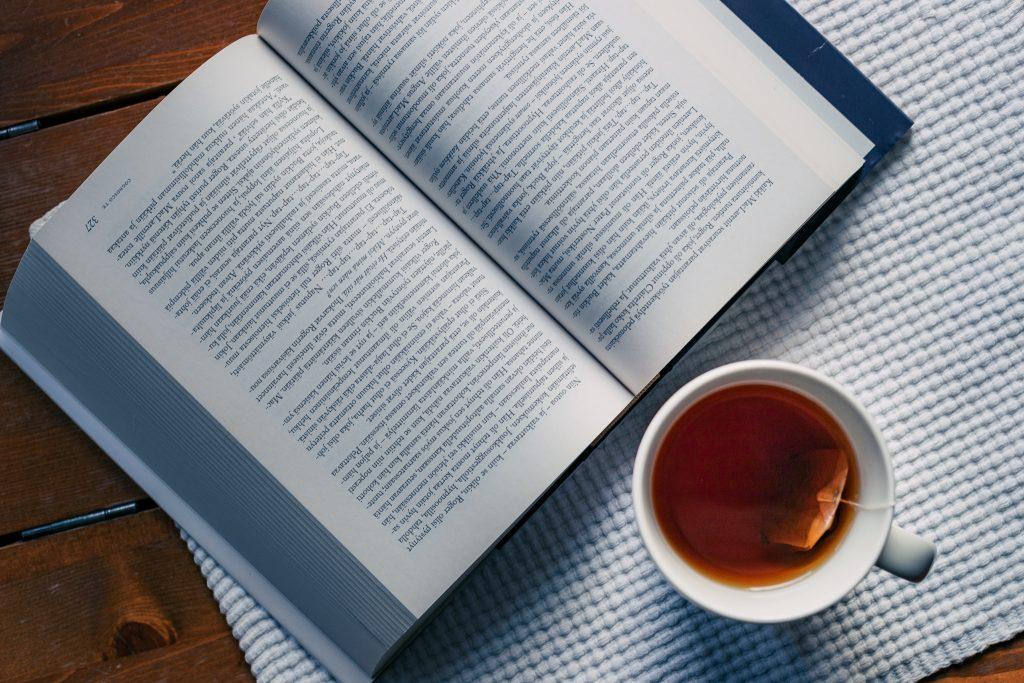 Kirjasarjan kirjoittaminen