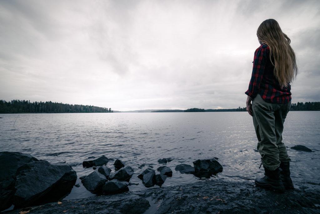 Maisema järvelle.