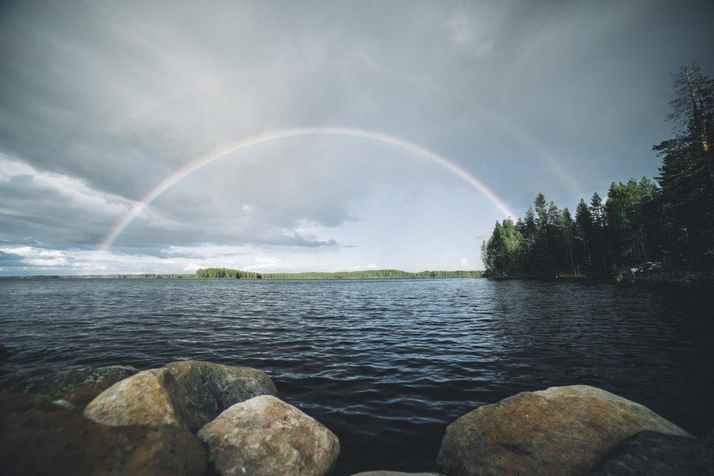 Kaunis sateenkaari.