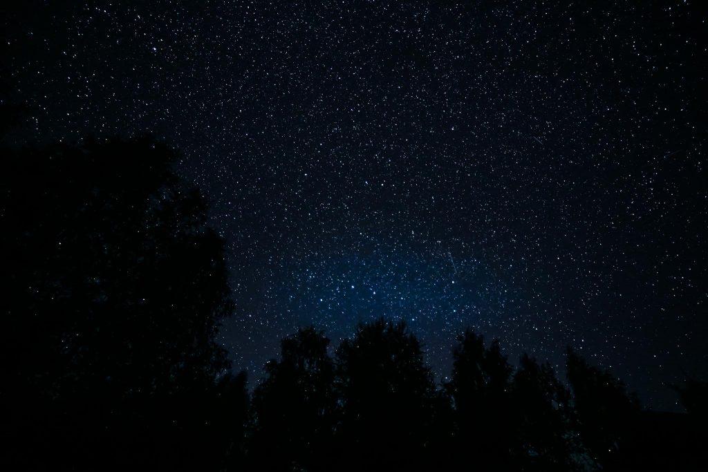 Otavan tähtikuvio syksyllä.
