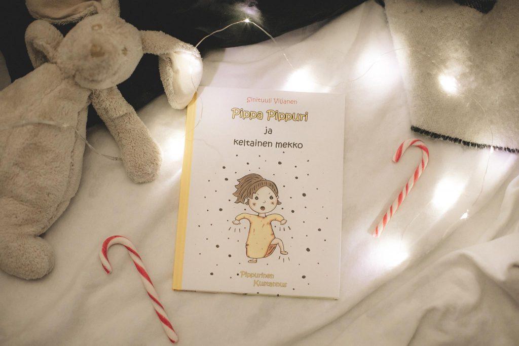 Pippa Pippuri ja Keltainen mekko -kirja.