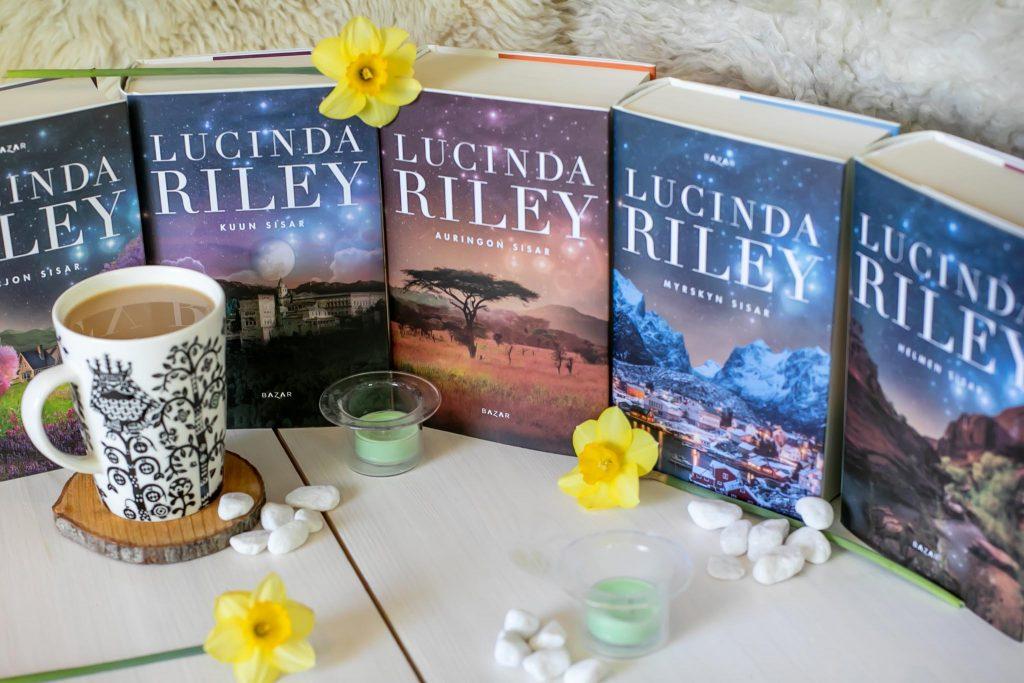 Lucinda Riley Seitsemän sisarta kirjasarja.