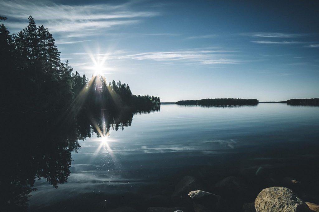 Auringonlasku kesällä.
